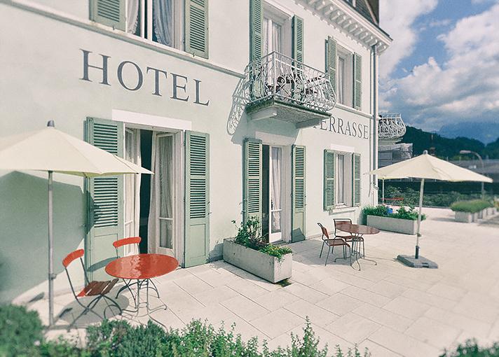terrasse am see vierwaldst ttersee schweiz pretty hotels. Black Bedroom Furniture Sets. Home Design Ideas