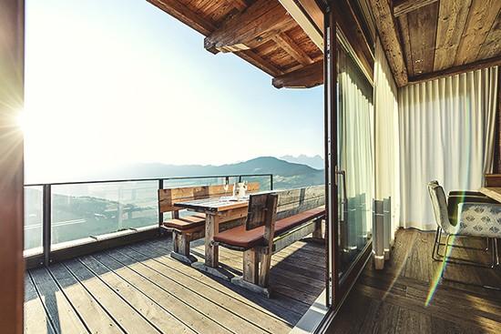 chalet pretty hotels. Black Bedroom Furniture Sets. Home Design Ideas