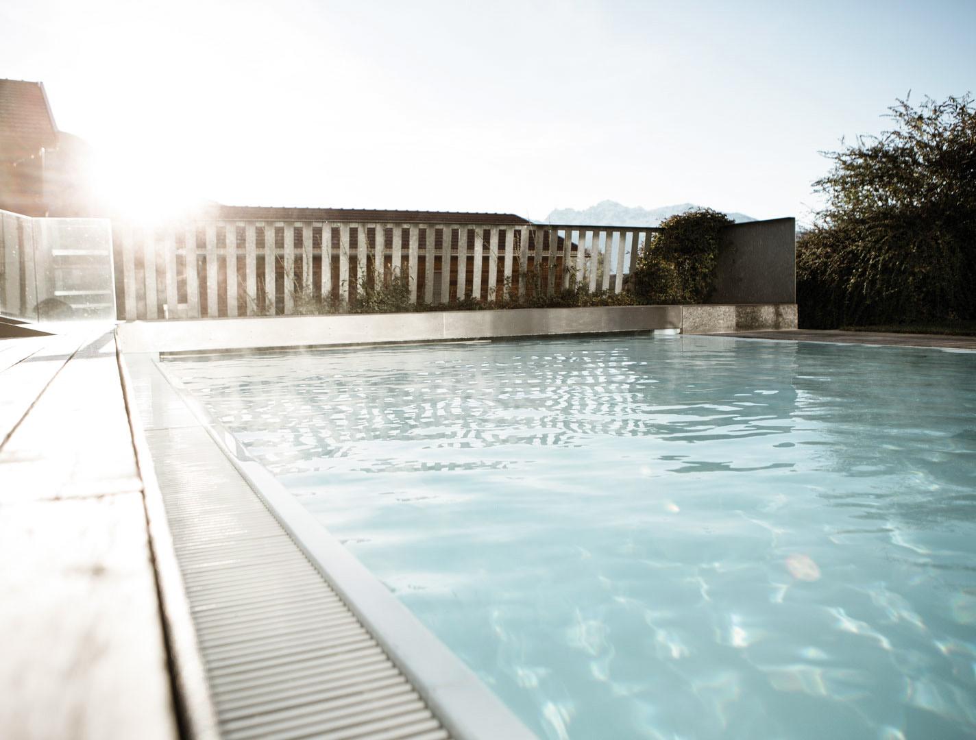 weisses-kreuz-pool@2